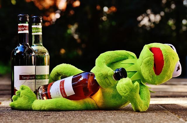 Kermit -sammakko on vetänyt kännit, nyt ei kannattaisi pelata